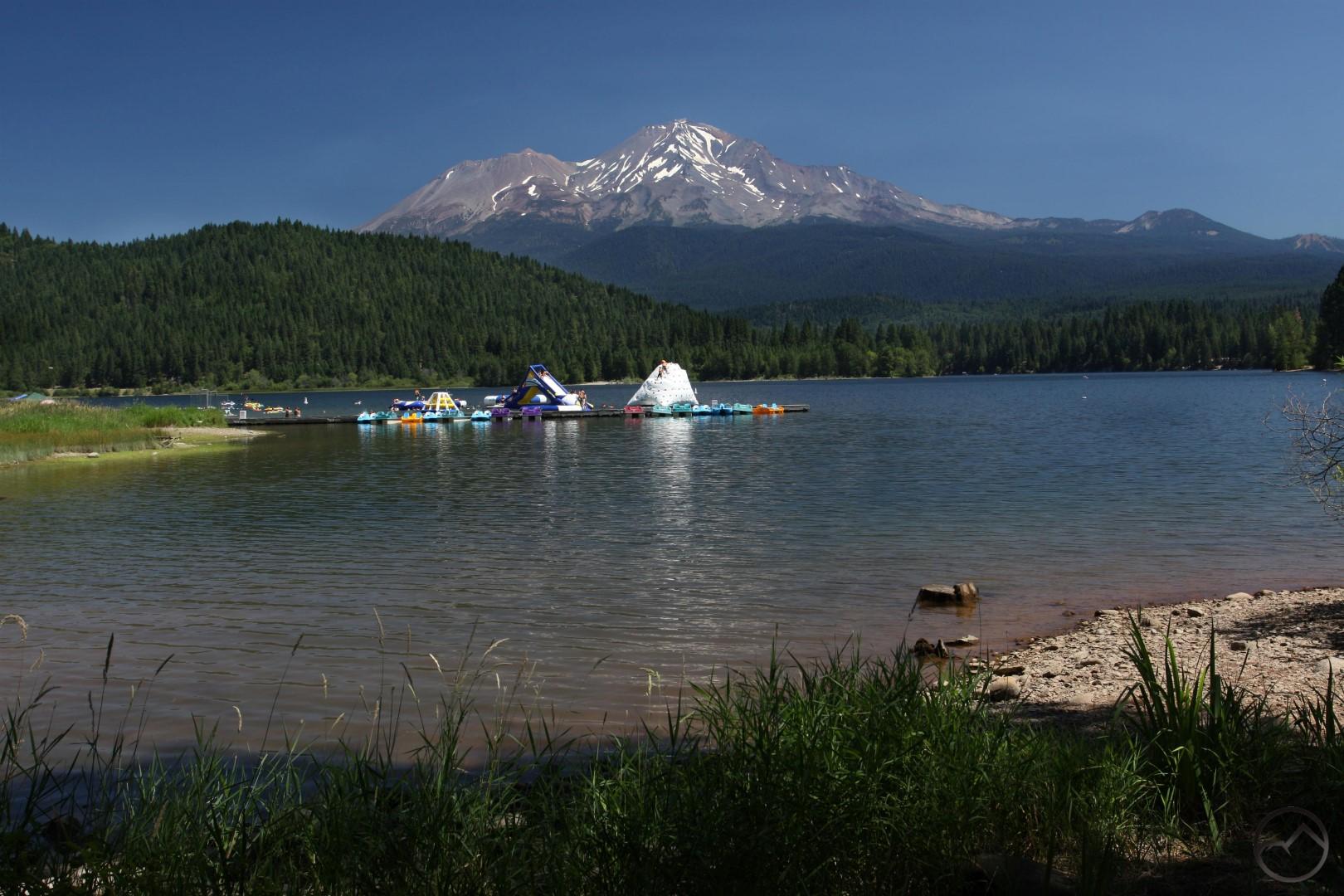Lake Siskiyou and Shastina